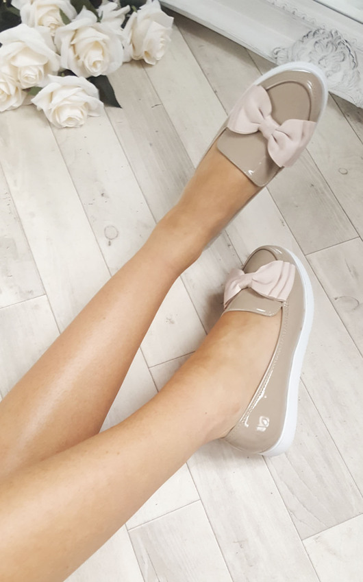 Lucinda Bow Patent Flat Pump Shoe