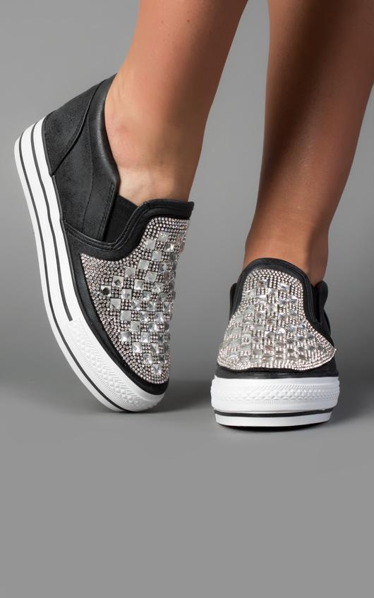 Helyah Gem Detail Slip-On Shoes