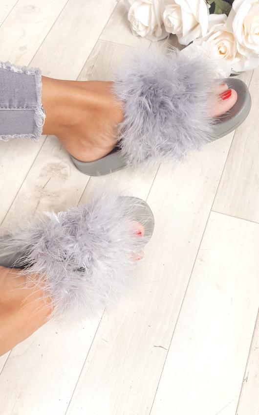 Leda Feather Sliders