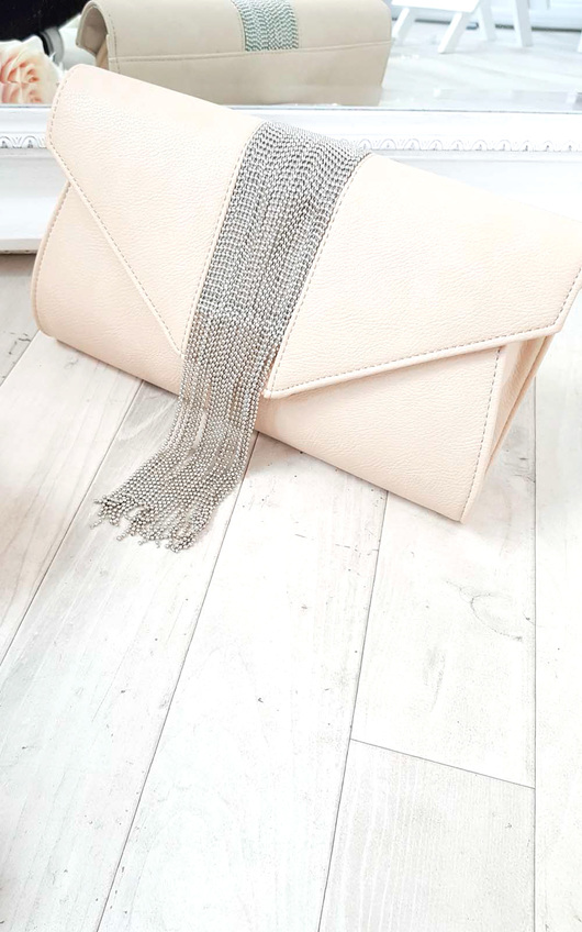 Yasmin Tassel Chain Clutch Bag