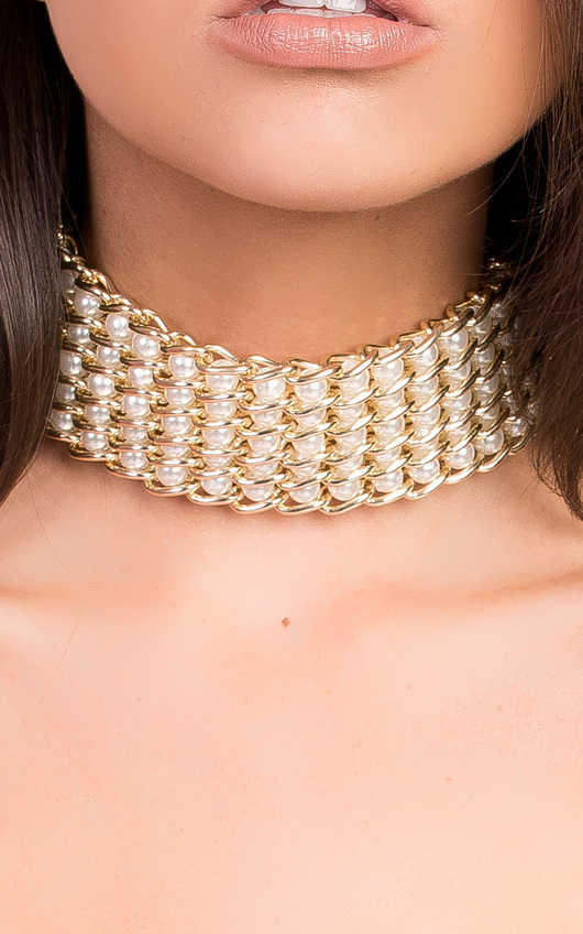 Mia Chain Pearl Choker Necklace