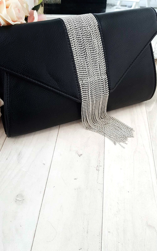 Yasmin Tassel Chain Clutch Bag