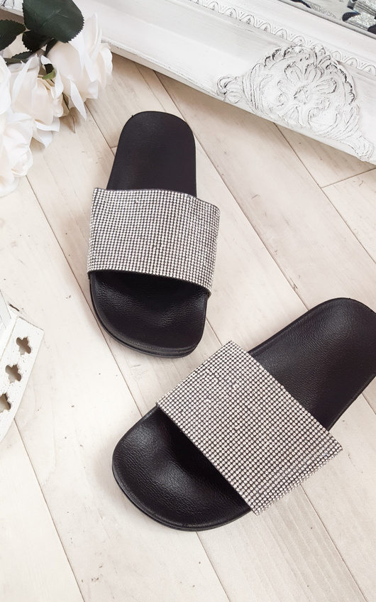 Silia Diamante Sliders