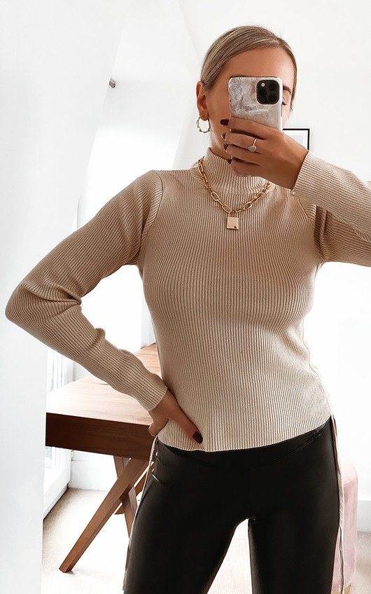 Billie Knitted Ribbed Top