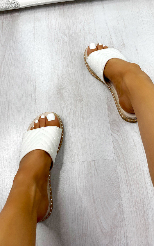 Boo Quilted Sliders