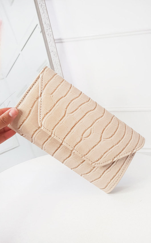 Bridgit Patent Envelope Clutch Bag