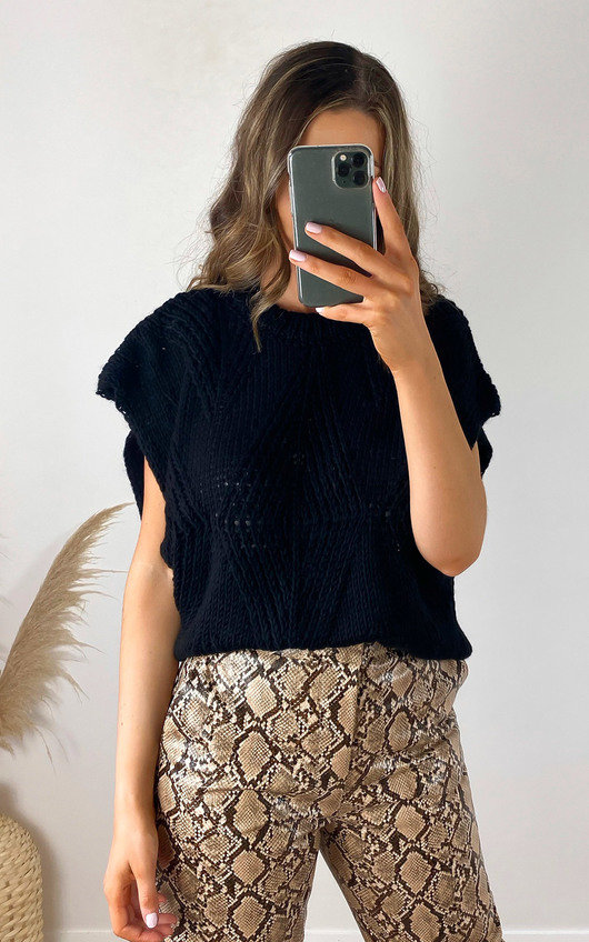 Dionne Sleeveless Knitted Vest