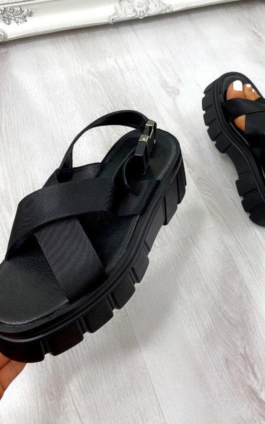 Farah Chunky Sandals