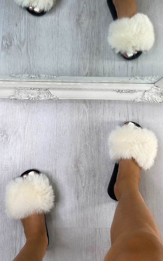 Freda Faux Fur Sliders