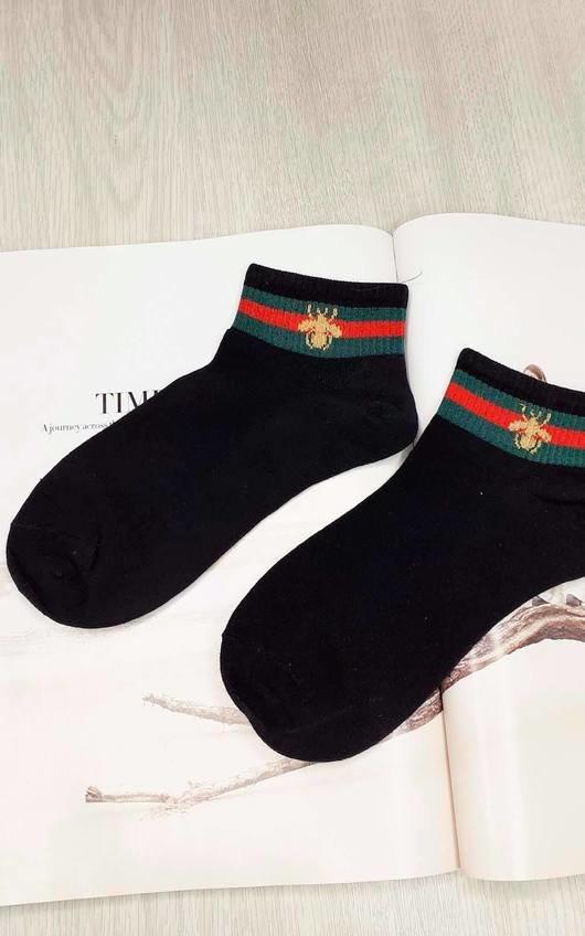 Gigi Striped Bee Socks