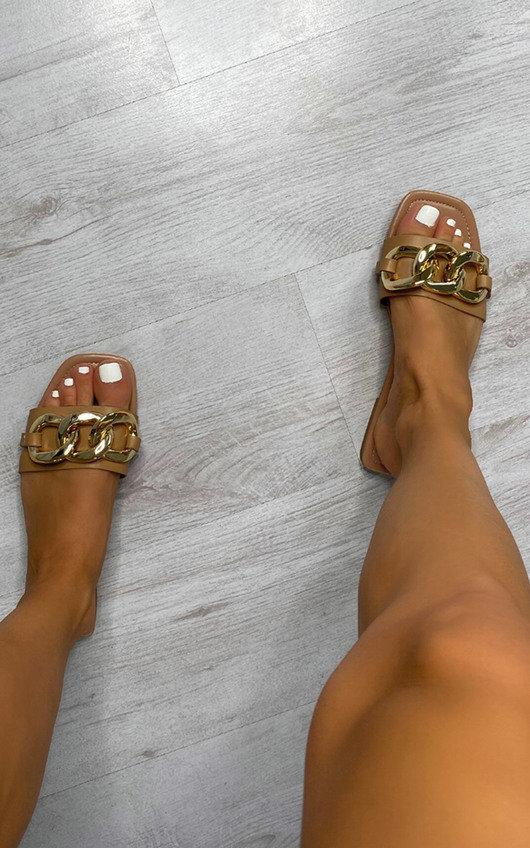 Goldie Chain Detail Sliders
