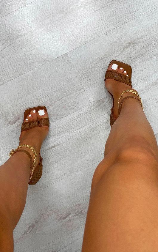 Gosia Chain Detail Heels