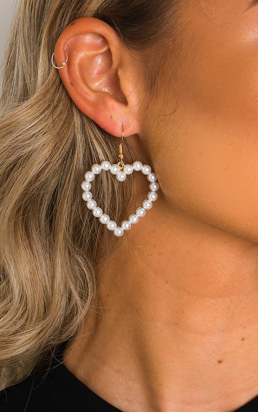 Hope Pearl Heart Earrings