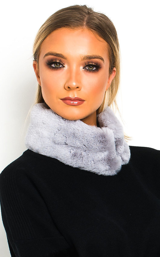Jennie Faux Fur Collar Scarf
