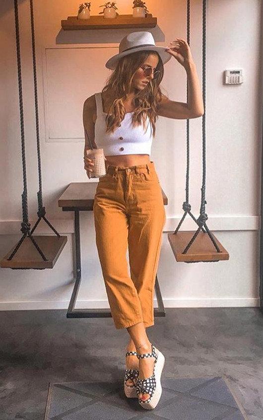 Joanne Straight Leg Jeans