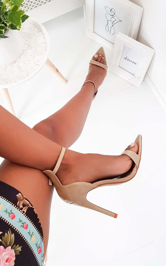 Joss Pointed Barely There Heels