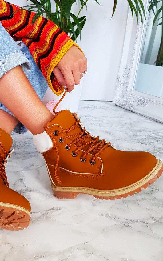 Kasey Desert Boots