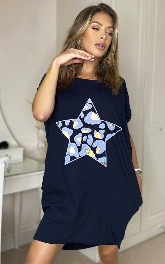Kelly Oversized Star Print Top