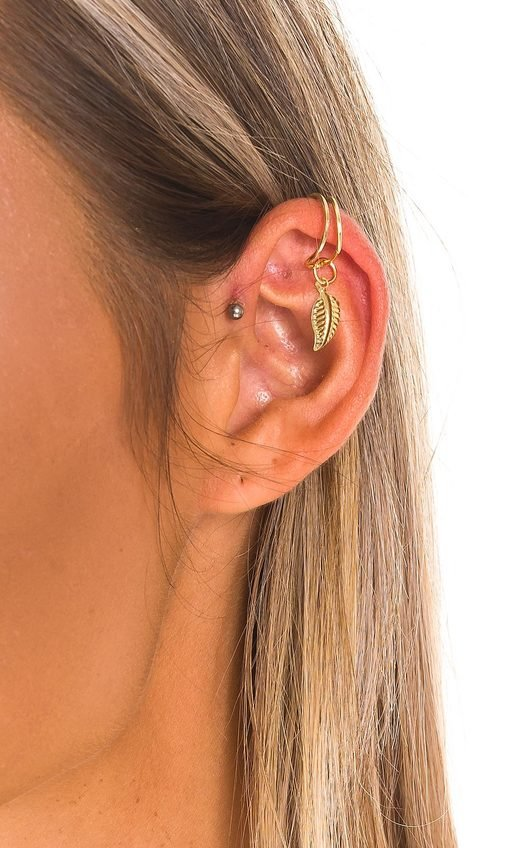 Kerry Leaf Charm Ear Cuff