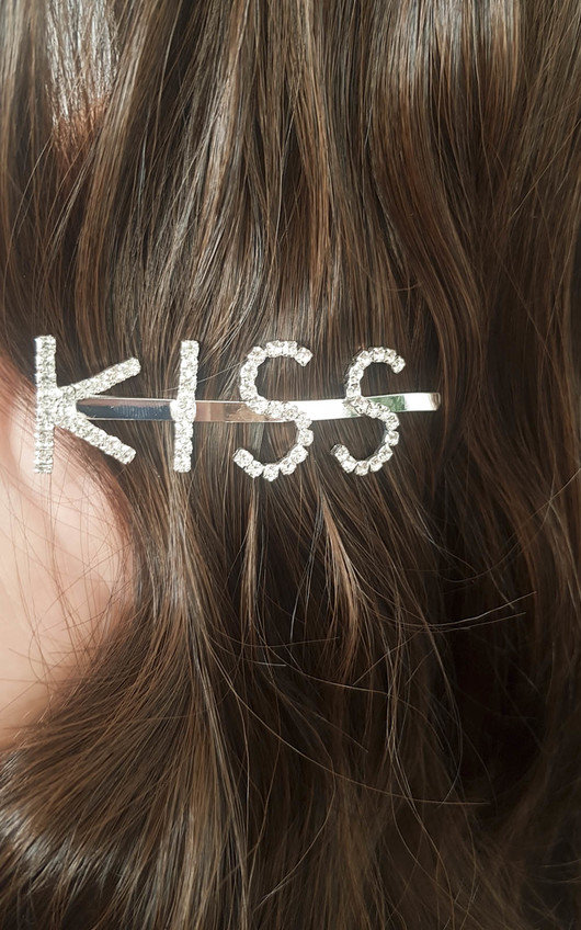 Kiki Kiss Slogan Diamante Hair Clip