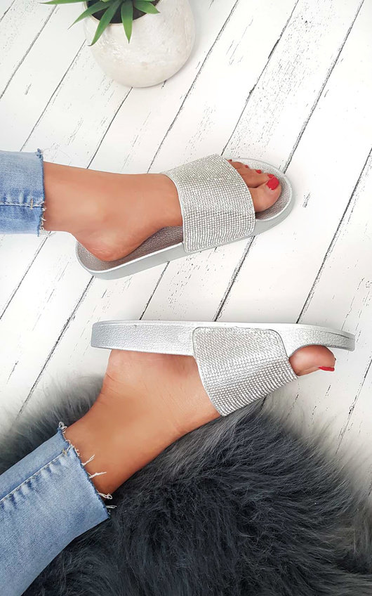 Krissy Diamante Sliders