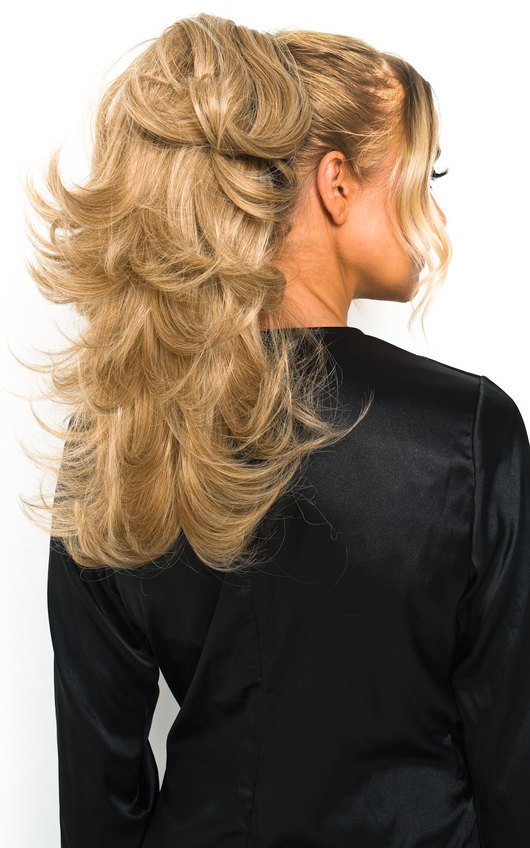 Layla Layered Curly Ponytail Hair Extensions - Curly Honey Blonde