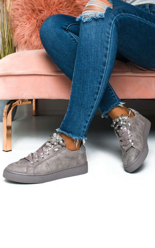 Lelly Faux Suede Flower Embellished Trainer