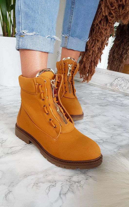Lexie Desert Boots