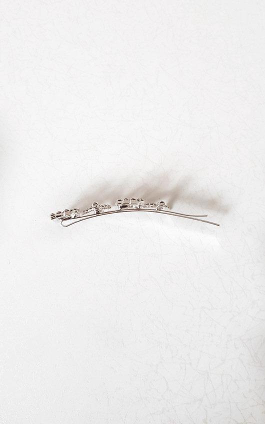 Lia Slogan Diamante Detail Hair Clip