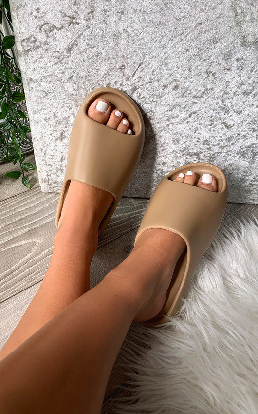 Lou Slip On Sandals