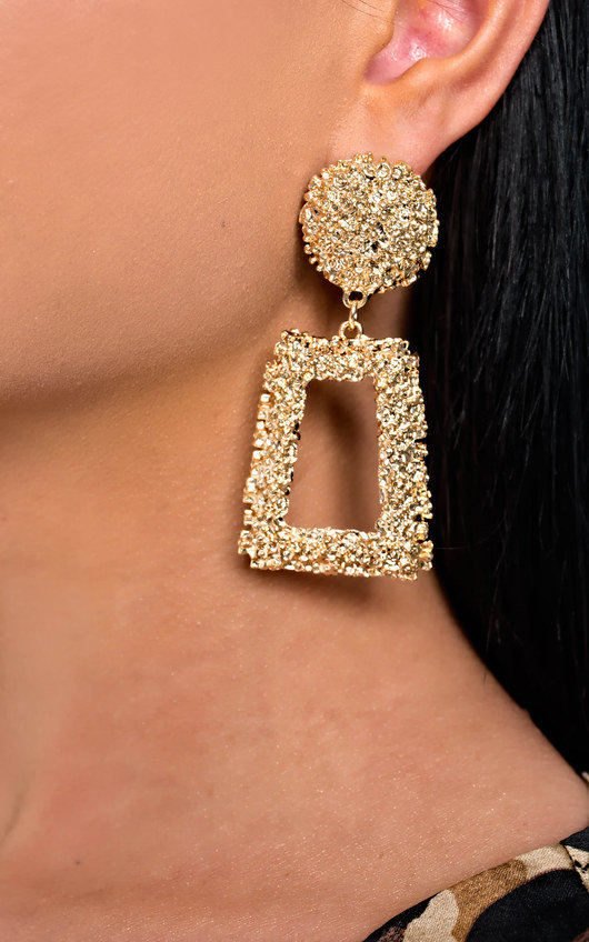 Lucy Statement Drop Earrings