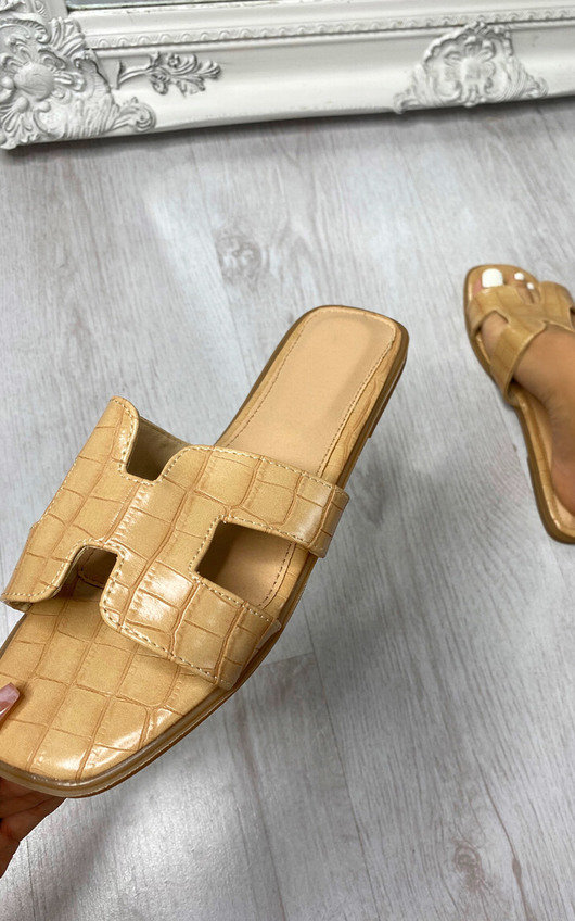 Maisey Slip On Sandals