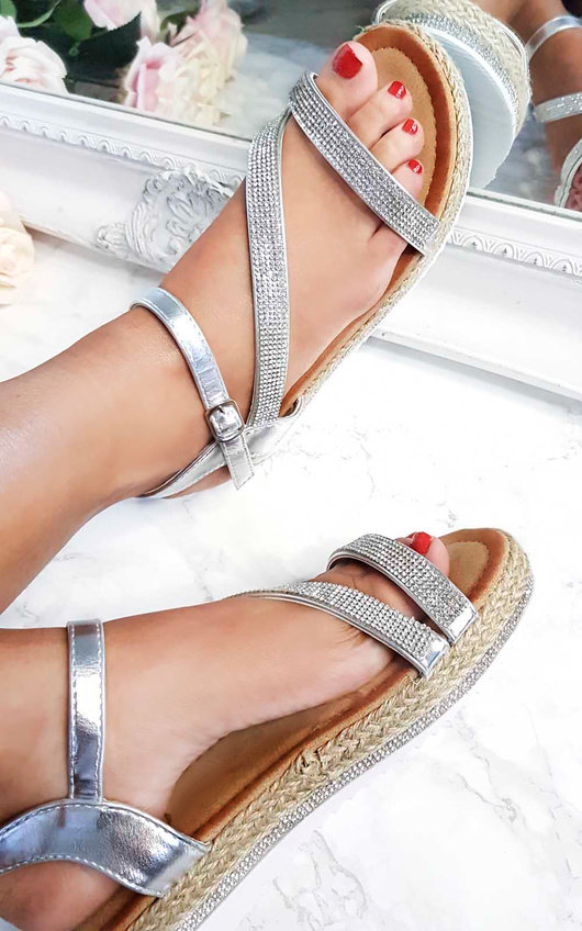 0fc99670c0b Matilda Diamante Flatform Sandals in Silver