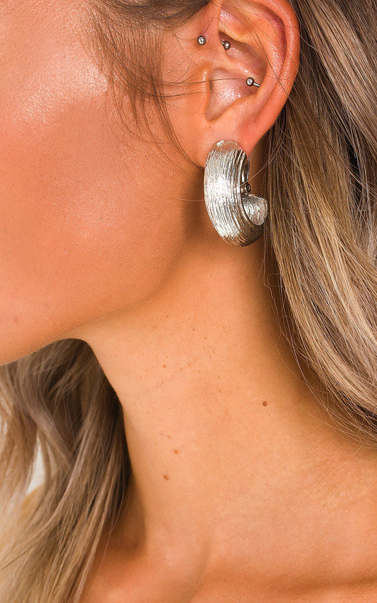 Maura Statement Clip On Earrings