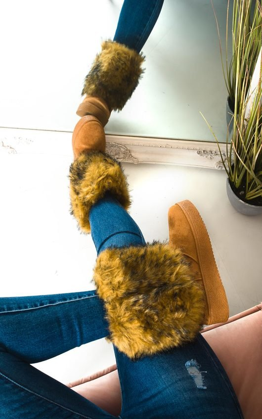 Meela Fluffy Ankle Boots