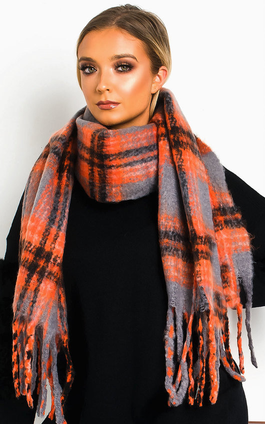 Nicole Fluffy Checked Print Scarf