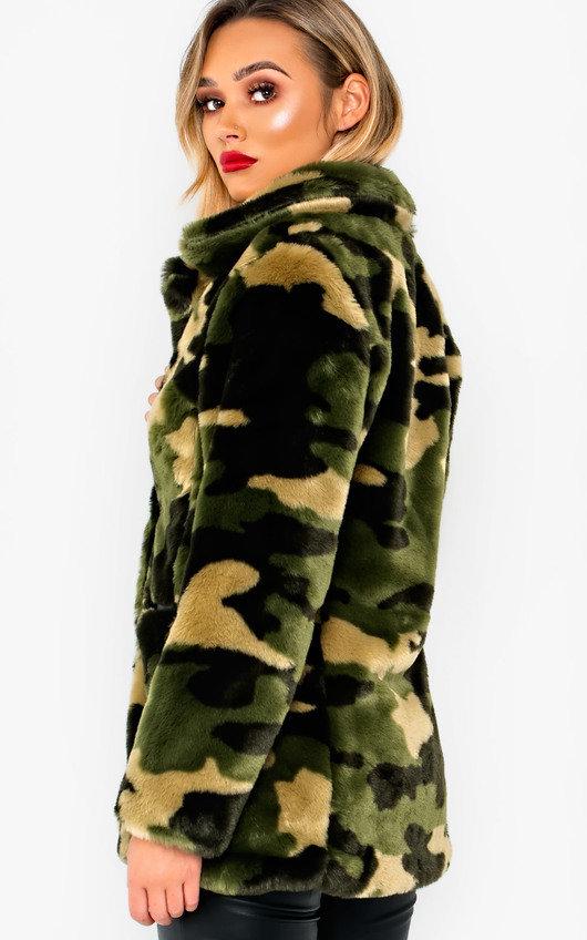 c54bc833ff74d Quinn Faux Fur Coat in Camo | ikrush