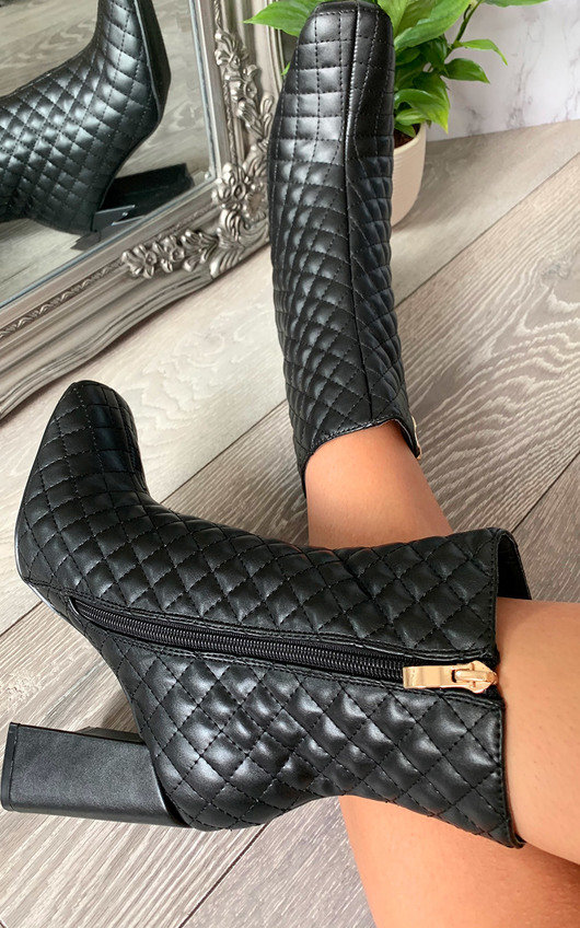 Quinn Heeled Ankle Boots