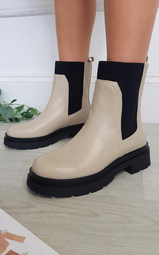Regina Chelsea Ankle Boot