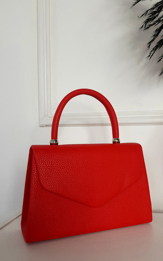 Rochelle Faux Leather Envelope Bag with Chain Strap