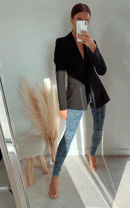 Sandi Slashed Skinny Jeans