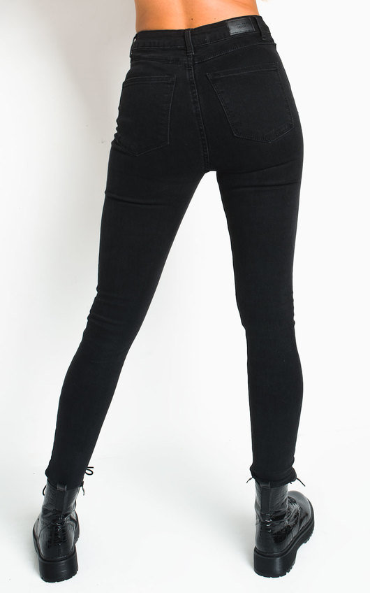 Sara Button Detail Skinny Jeans