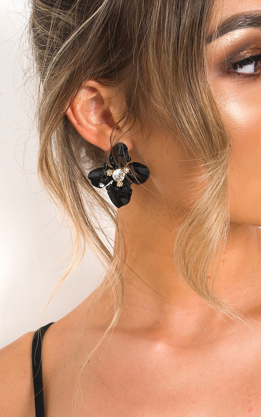 Sarah Floral Drop Earrings