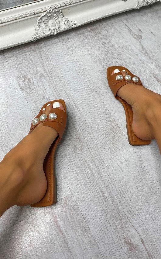 Shameela Pearl Sandals
