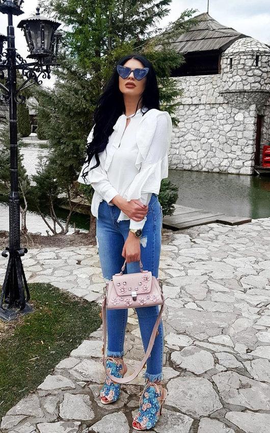 Trixie Frayed Ankle Graze Jeans