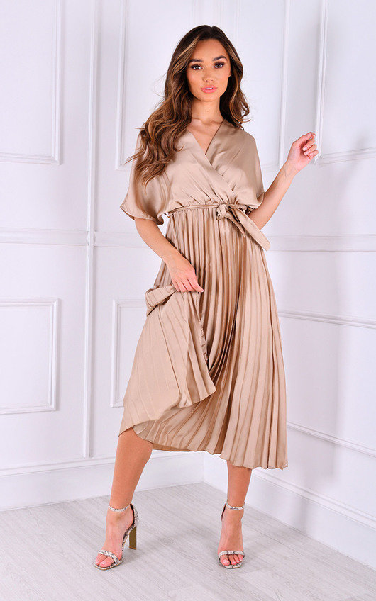 Vana V Neck Pleated Midi Dress