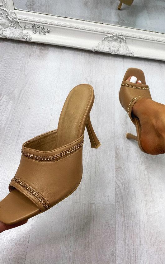 Zeena Chain Detail Heels
