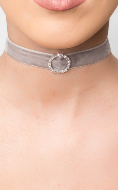 View the Verity Velvet Choker online at iKrush