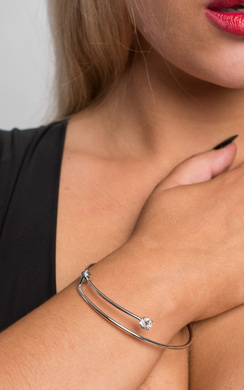 View the Naomi Diamante Bracelet online at iKrush