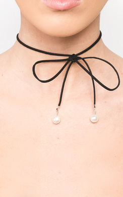 View the Bridie Pearl Thinline Necklace online at iKrush